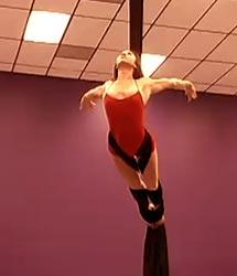 Silk Aerialist Dee Dee