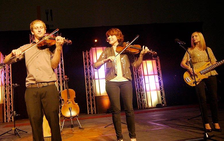 Cross Strung - High Quality Utah Bluegrass Music