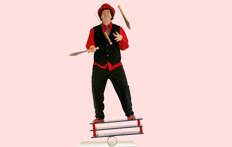 Marcus Wilson - Family-Friendly Comedy, Juggling, Stunts and Audience Participation