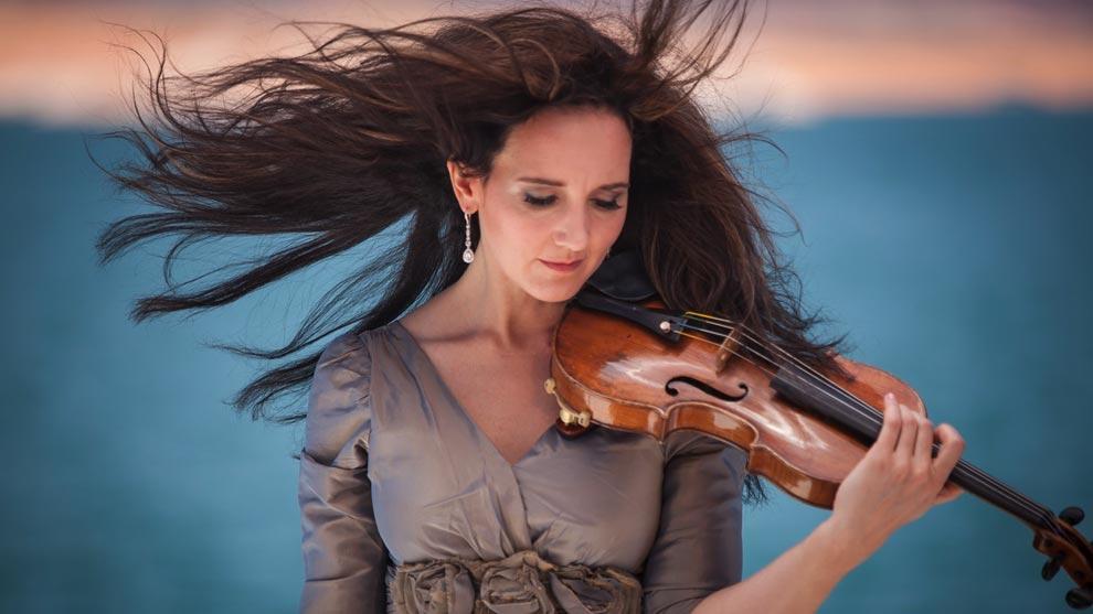 Baker - Accomplished Violinist - Jenny Oaks