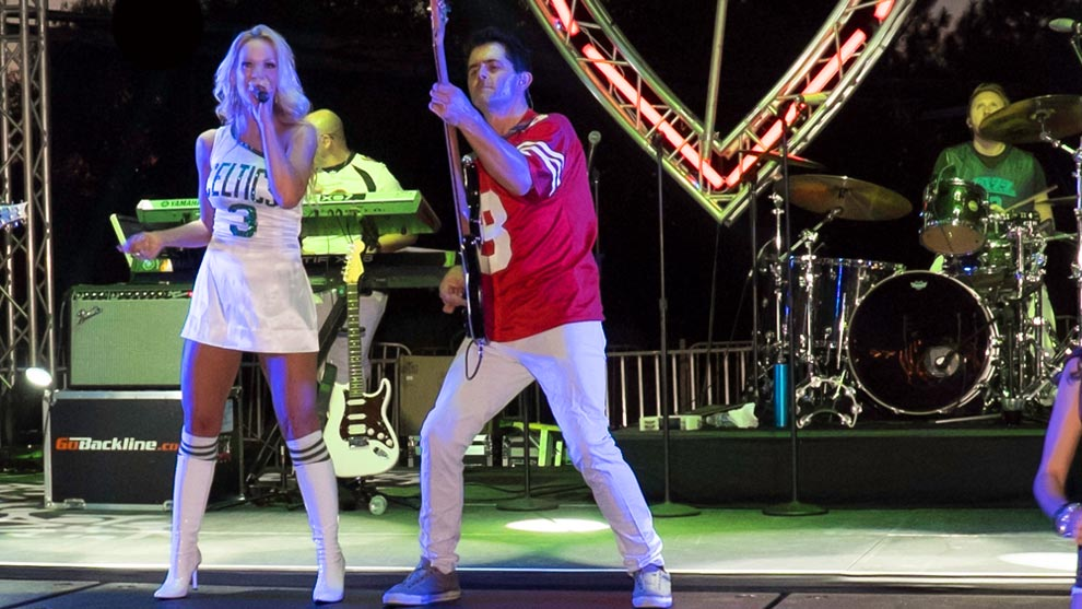 Party Crashers Band for High-Profile Corporate Functions