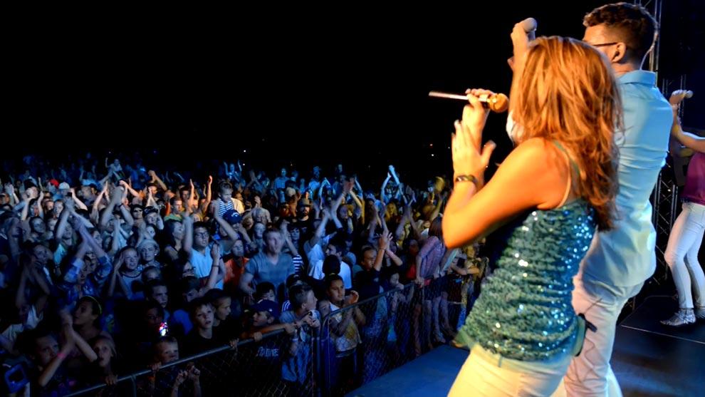 Performing at the Mapleton Music Festival in Utah