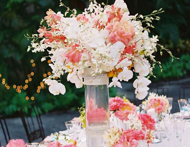Perfect Summer Wedding Centerpieces