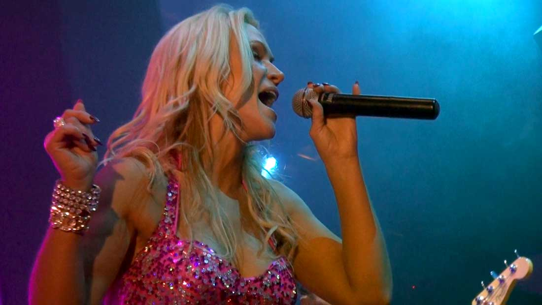 Jenny Jordan - Party Crashers Vocalist at the Light Night Club in Mandalay Bay, Las Vegas