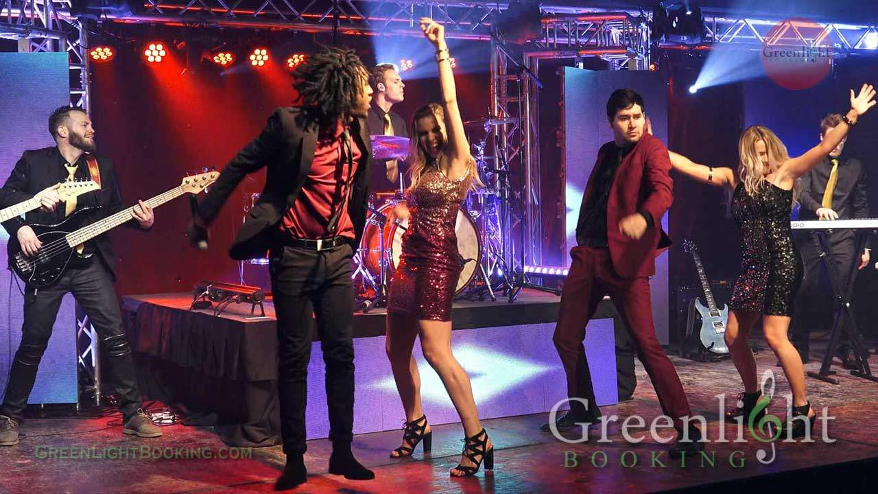 Corporate Party Band for Rosemont Corporate Occasions