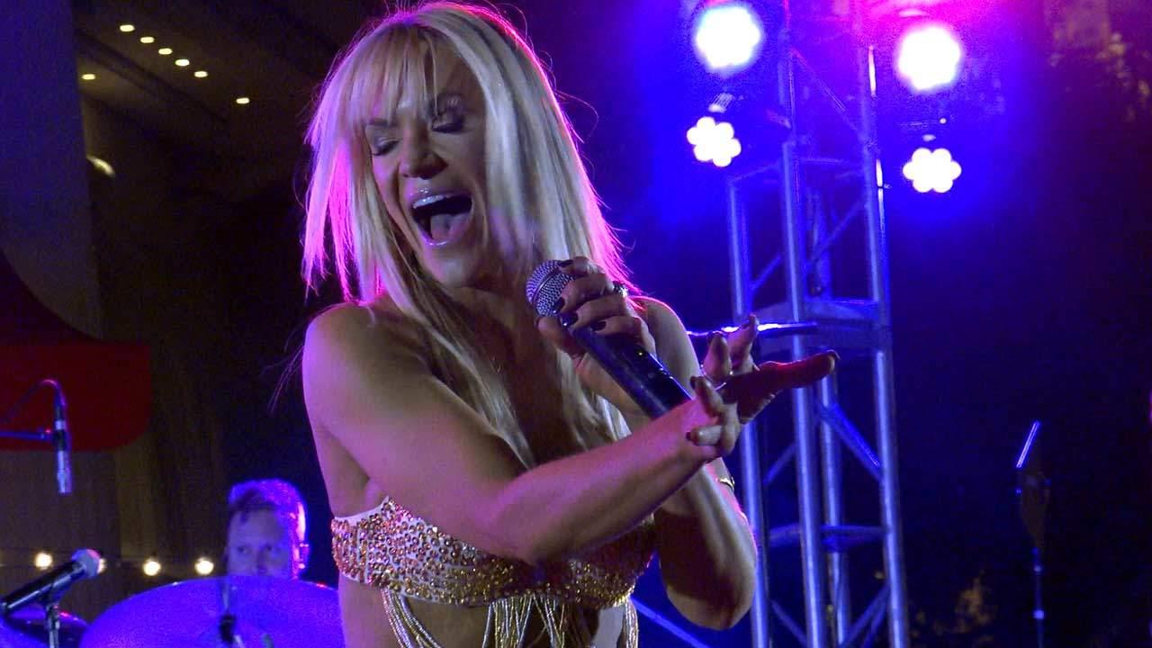 Jenny Jordan Frogley Lead Singer